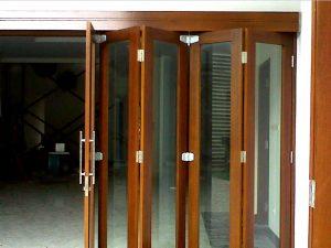 Kumpulan Model Pintu Lipat Minimalis 2021