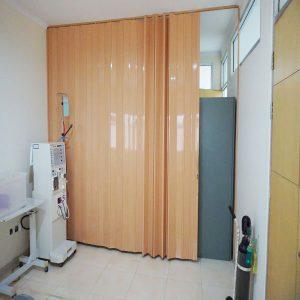 Desain Ruang Dokter Terbaru dengan Pintu lipat PVC